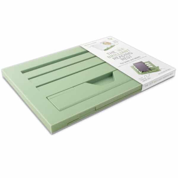Kirjatuki Reading Rest tablettituki on mainio apu tabletin käyttöön tai kirjan lukemiseen, väri oliivin vihreä. Kokoontaitettuna.
