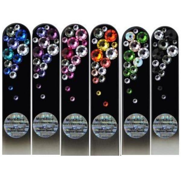 Kauniit ja kestävät lasiviila swarovski kristalleilla black - musta tausta ja koristeltu, värikkäillä kristalleilla ettonet valikoima