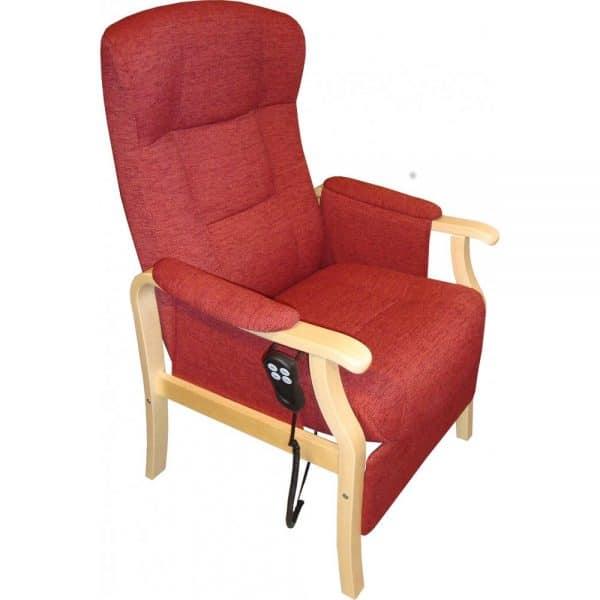 Kippis-nousuaputuoliin on helppo istuutua ja helppo nousta. Mahdollisuus sopivaan istuinkorkeuteen ja muotoon valetut tyynyt takaavat hyvän istuma-asennon, jota täydentää sähkökäyttöinen selän kallistus. Myös sähkön avulla toimiva nousuapumekanismi auttaa tuolista noustessa tai istuutuessa kallistamalla istuinosaa.