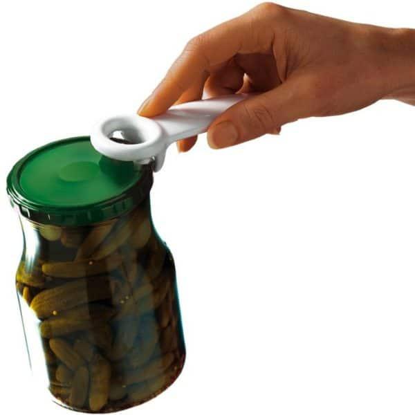 Purkinavaaja, joka ottaa ilman pois hillopurkin kannen alta ja purkki aukeaa helposti.