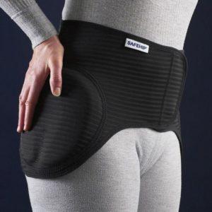 Safehip Active -lonkkasuojavyö on tarkoitettu miehille ja naisille, joilla on kasvanut riski lonkkamurtumille.