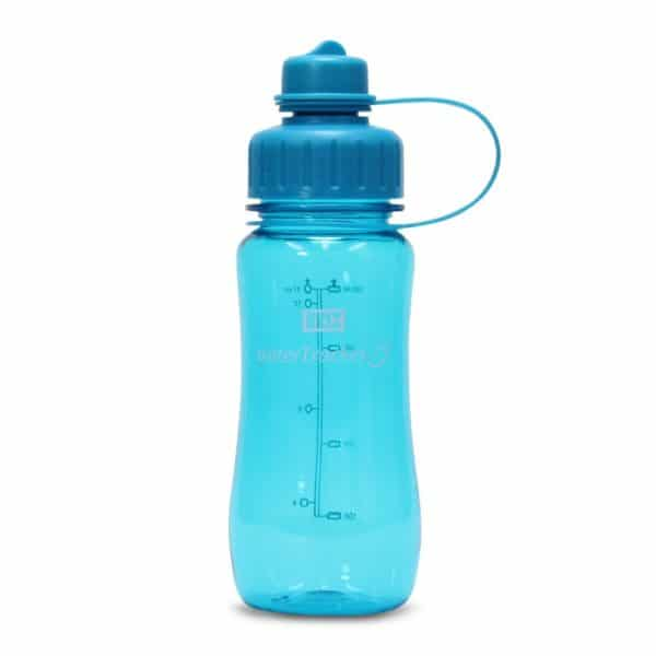 Juomapullo watertracker tyylikäs ja toimiva testivoittaja. Juomamäärän seuranta. Korkissa suodatinverkko. Turkoosi 0,5l