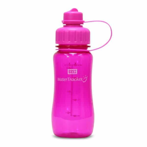 Juomapullo watertracker tyylikäs ja toimiva testivoittaja. Juomamäärän seuranta. Korkissa suodatinverkko. Vaaleanpunainen 0,5l