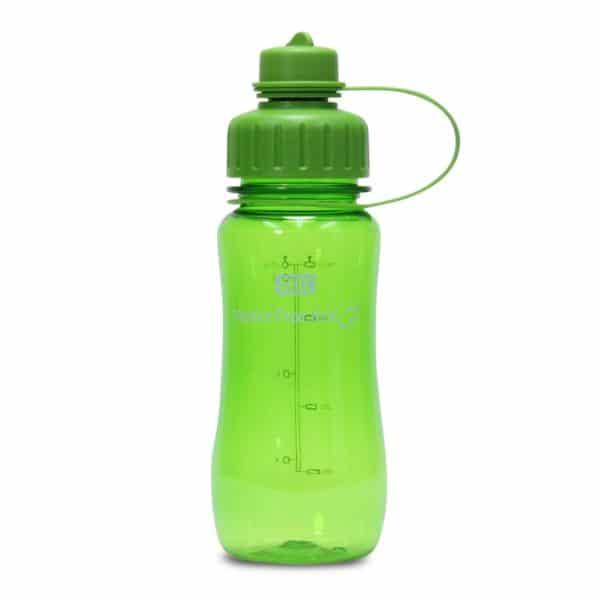 Juomapullo watertracker tyylikäs ja toimiva testivoittaja. Juomamäärän seuranta. Korkissa suodatinverkko. Vihreä 0,5l