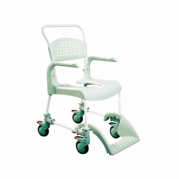 Suihkupyörätuoli Clean helpottaa liikuntarajoitteisen henkilön peseytymistä.