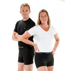 Bokserit, lyhytlahkeiset alushousut naisille joustavaa ja hengittävää materiaalia.