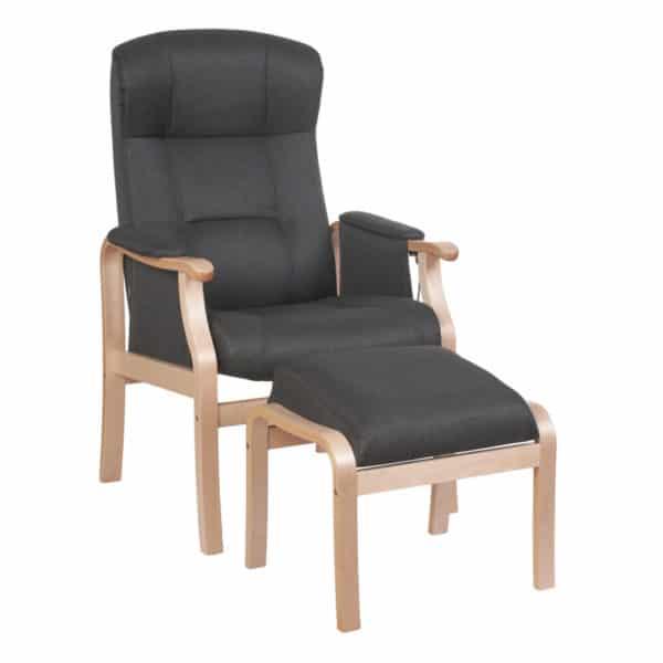 Nojatuoli Kippis nopea toimitus Malmo New 96 runko lakattu koivu rahi kuvassa. Hyvä nojatuoli seniorille.